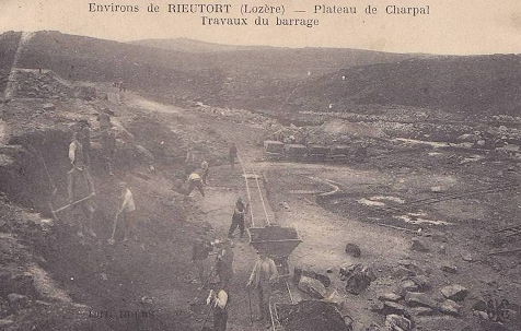 29. Travaux barrage Charpal wagonnets